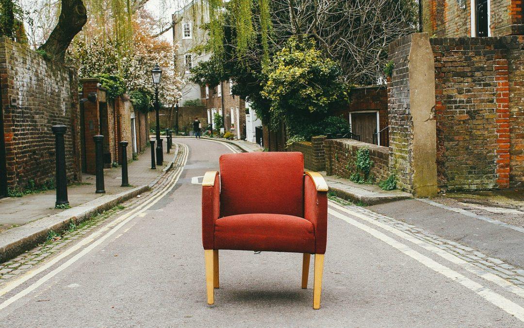 Parcheggio è abusiva la sedia per tenere il posto, multa da 168a euro 674